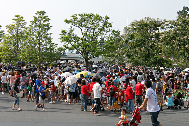 The crowds waiting to get into Tokyo Disneyland