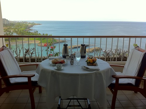 What is a lanai go visit hawaii for What does balcony mean