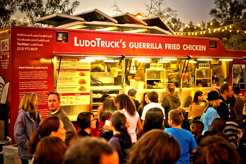 Chef Ludo Lefebvre Fried Chicken Truck @ Awesometown Gourmet Food Truck Festival  ~ Valencia, Ca
