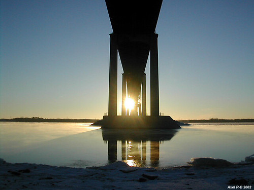 bridge canada sunrise québec qc glace leverdesoleil troisrivières fleuvestlaurent pontlaviolette coucherdesoleilleverdesoleil