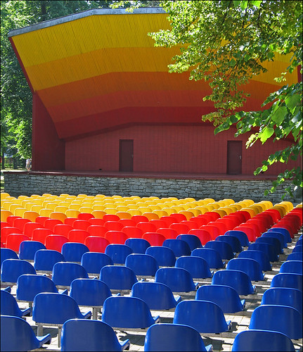 blue red yellow colours stage latvia rows seats ventspils canong6