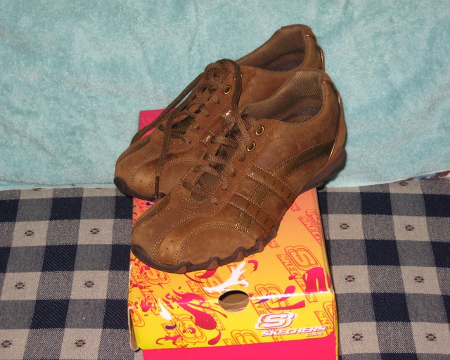 Sketchers Shoes Leather Source Cowhide