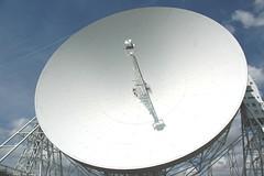spacecraft(0.0), satellite(0.0), stadium(0.0), dome(0.0), radio telescope(1.0), antenna(1.0),