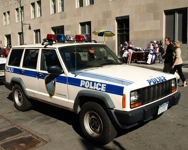 papd port authority jeep cherokee police car world trade. Black Bedroom Furniture Sets. Home Design Ideas