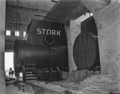 08-14-1951_09748 Stork condensator in Hemwegcentrale