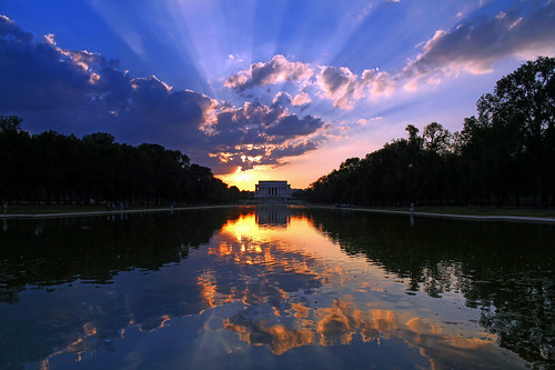 sunset washingtondc lincolnmemorial reflectingpool crepuscularrays