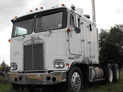 KENWORTH COE'S and Conventionals