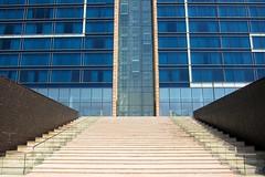 Fairmont Bab Al Bahr steps