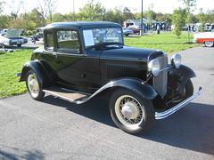 automobile, ford model a, vehicle, antique car, sedan, ford model b, model 18, & model 40, classic car, vintage car, land vehicle, luxury vehicle, motor vehicle,