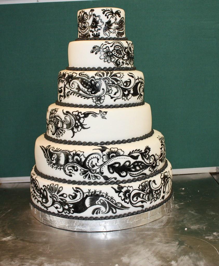 Henna Design Wedding Cake A Photo On Flickriver