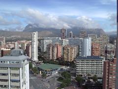inmejorables vistas a todo Benidorm. Pida más información en su agencia inmobiliaria Asegil de Benidorm  www.inmobiliariabenidorm.com