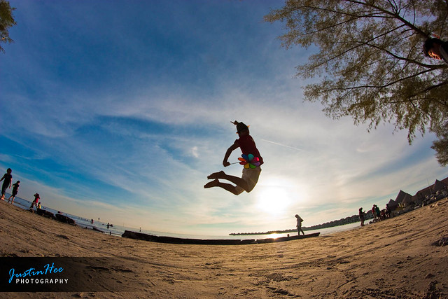 Gold Coast sunset jump by flickr user justinhee
