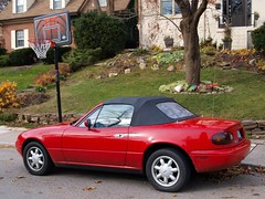 automobile, automotive exterior, vehicle, performance car, mazda mx-5, land vehicle, luxury vehicle, convertible, sports car,