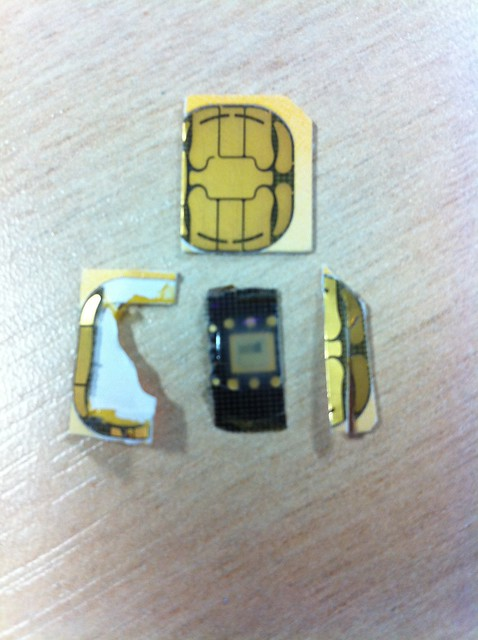 What is inside a sim card? | Flickr - Photo Sharing!: https://flickr.com/photos/liquidx/5200994581