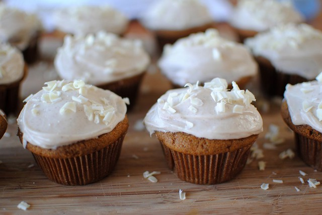 spice cupcakes with white chocolate cream cheese icing