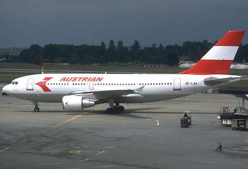 Austrian A310-324/ET OE-LAA GVA 12/06/1995