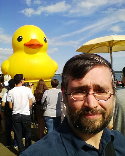 Me and the World's Biggest Rubber Duck #toronto #htopark #lakeontario #worldsbiggestrubberduckie #rubberduck #rubberduckie #yellow