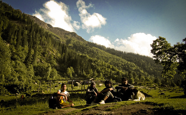 Reaching Kheerganga