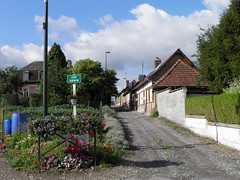 Cité Denin Nesle-Normandeuse 05 - Photo of Fontaine-le-Sec