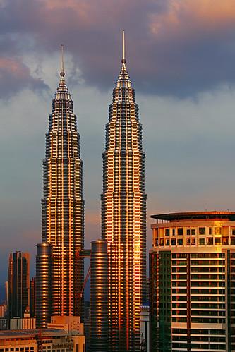 sunset photoshop reflections golden evening petronas towers twin kualalumpur kl hdr 550d 3frames hdrpro