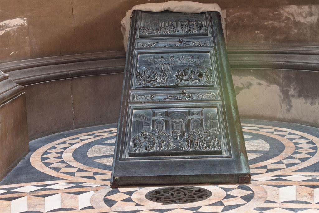 Hamilton Mausoleum Bronze Door & Hamilton Mausoleum Doors \u0026 Hamilton Mausoleum (mister_wolf) Tags ... Pezcame.Com
