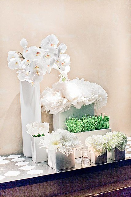 White & Green Modern Arrangement-Hatch Creative Studio-Style Me Pretty-Camille Styles Events