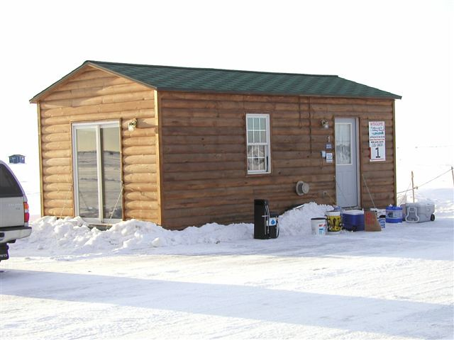 Ice fishing on mille lacs lake rent a fish house or for Lake mille lacs ice fishing