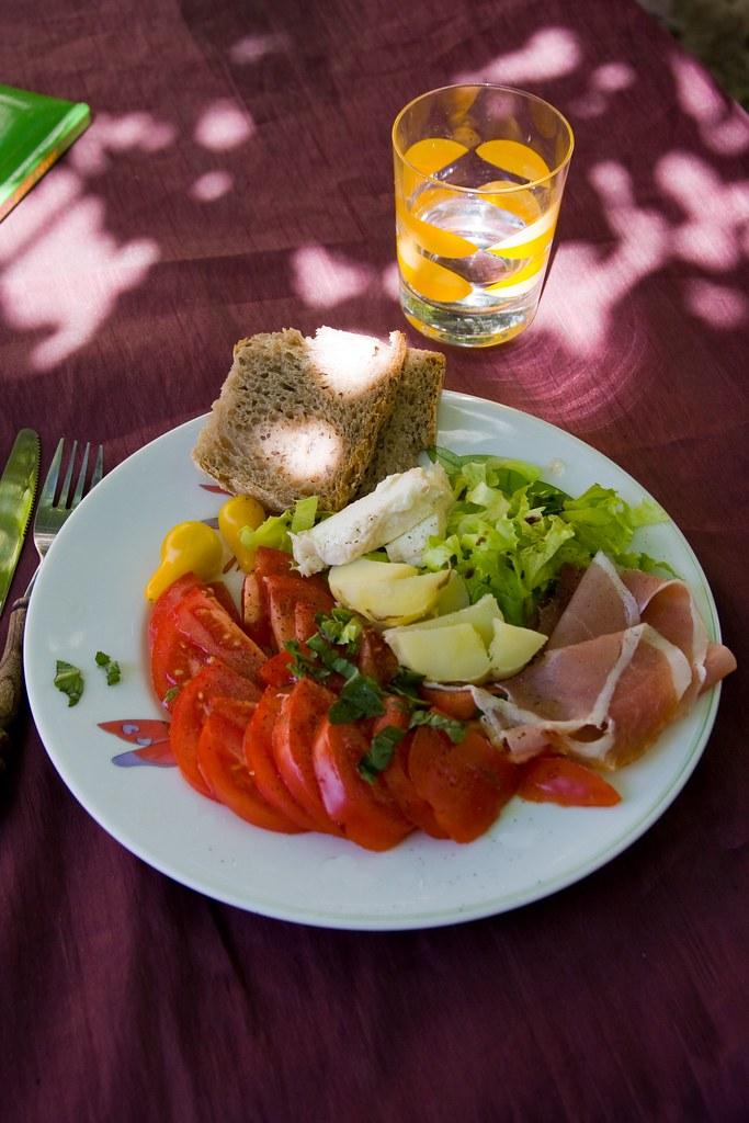 Calle anglada la cuisine espagnole - La cuisine espagnole expose ...