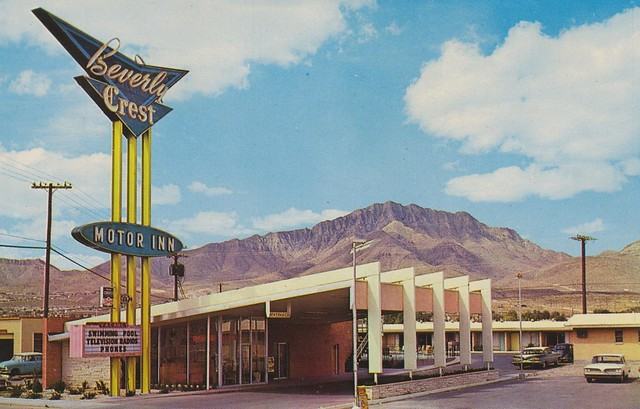 Beverly Crest Motor Inn postcard - El Paso, Texas U.S.A. - date unknown