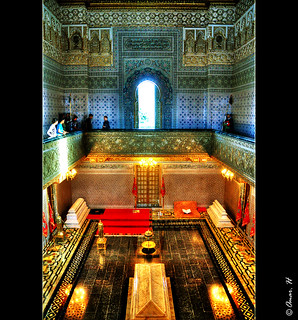Rabat - Tour Hassan - Inside the  Mausoleum :: HDR