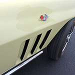 1965 Chevrolet Corvette Sting Ray Convertible in Goldenwood Yellow (4 of 9)