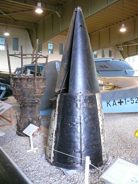 Aggregat 4: Raketenspitze und Antriebsblock