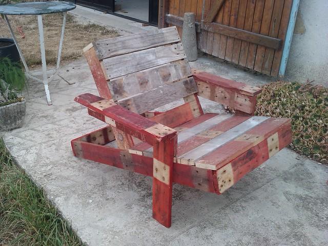Chaise bordelaise en bois de palette chaise bordelaise - Chaise longue en palette bois ...