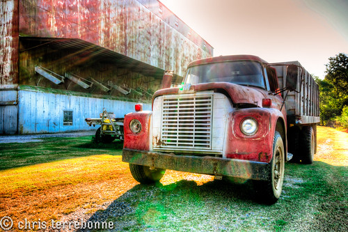old sunset red rural truck canon louisiana colorful decay farm farming goldenhour luckyday manufacturing
