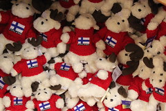 snowman(0.0), teddy bear(1.0), textile(1.0), plush(1.0), crochet(1.0), stuffed toy(1.0), toy(1.0),