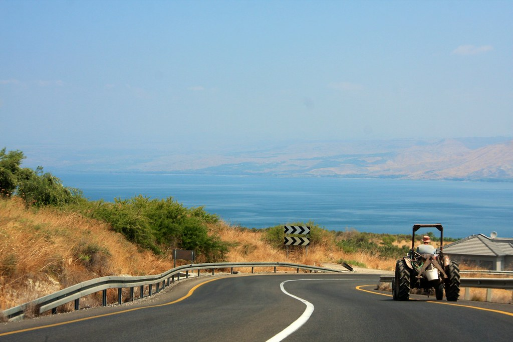 Hitchhiking Israel solo, Tiberias tractor
