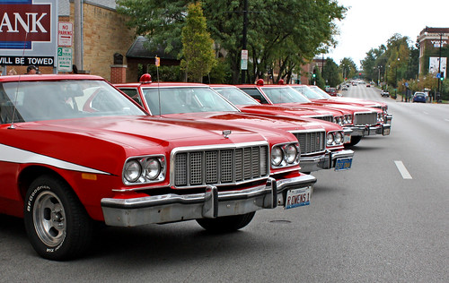 1976 Ford Gran Torino Hardtop - Starsky & Hutch Edition (5 of 11)
