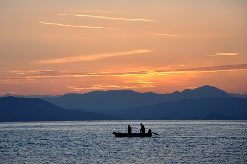 sea sunrise dawn boat fishing mediterranean greece fisher corfu korfu ionian grecja benitses ελλάδα κέρκυρα kérkyra