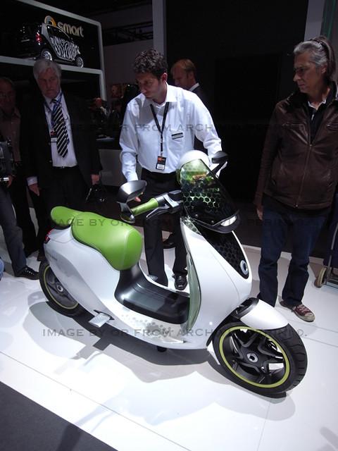 smart e scooter paris 2010 flickr photo sharing. Black Bedroom Furniture Sets. Home Design Ideas