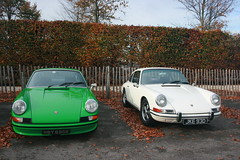 porsche 959(0.0), convertible(0.0), sports car(0.0), automobile(1.0), automotive exterior(1.0), wheel(1.0), vehicle(1.0), automotive design(1.0), porsche 912(1.0), porsche(1.0), porsche 911 classic(1.0), antique car(1.0), land vehicle(1.0), coupã©(1.0),