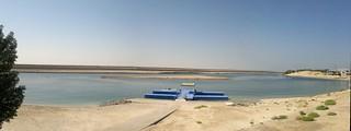 Seefahrer wie Araber an der Küste vor dem Strand von Abu Dhabi 002