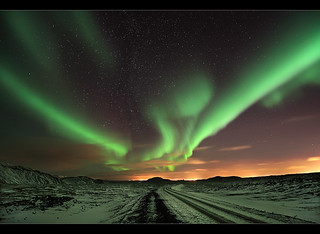 V-Shaped Aurora - Northern Lights at Reykjanes, Iceland