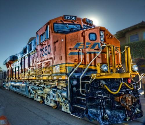 railroad train sunrise depot metrolink hdr bnsf cajonpass 7350 125thanniversary gees44dc chasingsteelcom sanbernardinohistoryrrmuseum