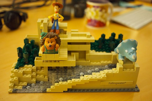 Lego Fallingwater, Woody, Mr. Pricklepants & Trixie