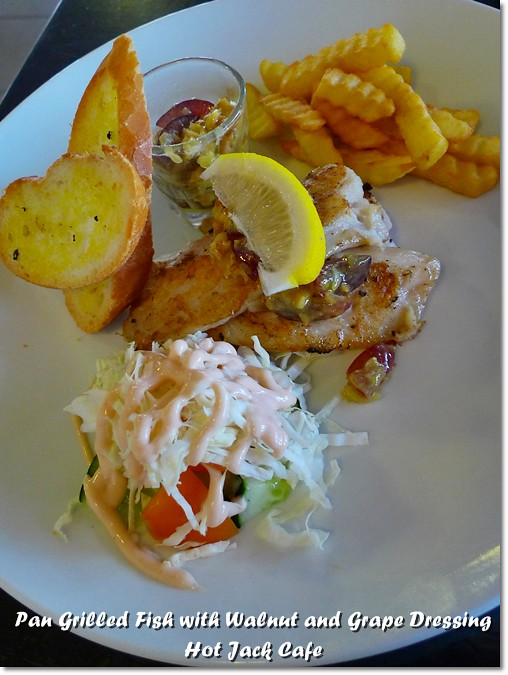Hot jack cafe pasir puteh ipoh motormouth from ipoh for Pan grilled fish