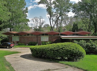 Mid-Century Modern House in Wyoming, Ohio