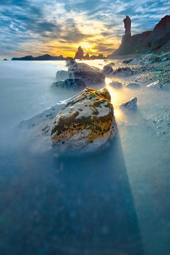 longexposure sunset españa sun sol beach canon landscape atardecer spain rocks waves playa paisaje olas málaga maro kantor nd400 largaexposicion 400d efectoseda silkeffect