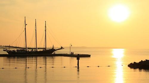 sun beach sunrise virginia ship yorktown project365204