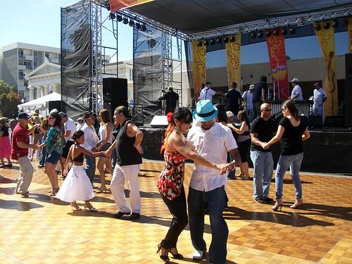 Oxnard Festival Dancing