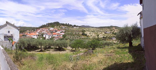 Panorama - Vale das Fontes, as seen from Rua dos Enxertos